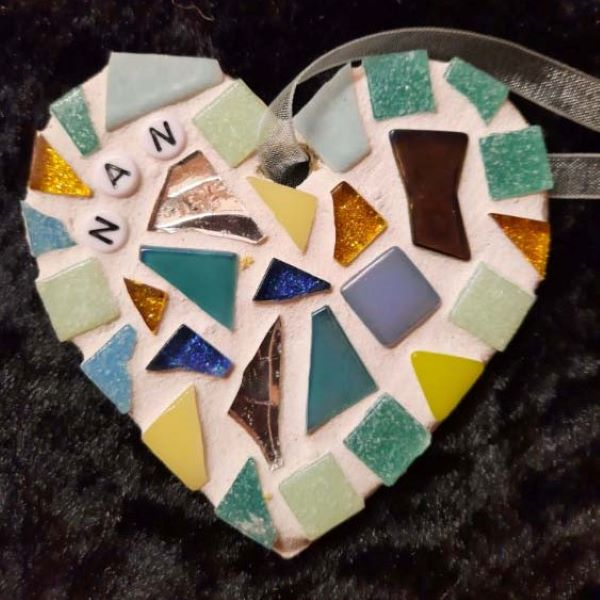 Memorial mosaic heart for nan by Gifts to Celebrate and Commemorate