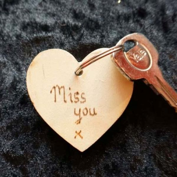 Back of Memorial mosaic heart keyring by Gifts to Celebrate and Commemorate