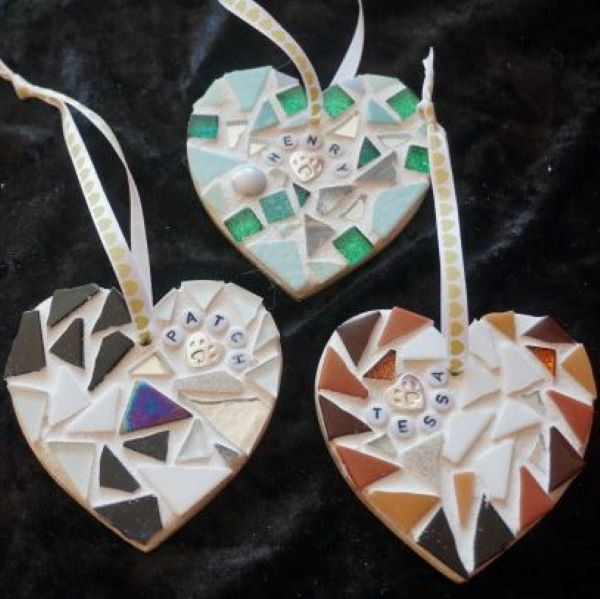 Pet memorial mosaic hearts by Gifts to Celebrate and Commemorate