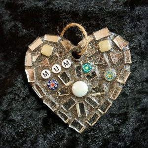 Mum mosaic heart 8cms –  Pre-made and Ready for Dispatch!